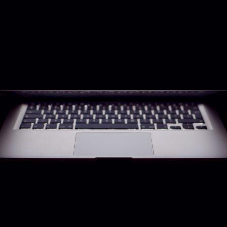Laptop lid closing